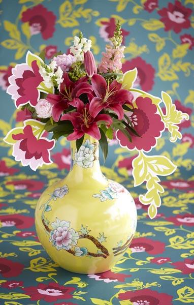 A lush modern meets vintage floral wallpaper