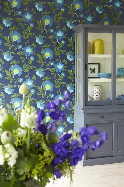 A fresh designer floral wallpaper