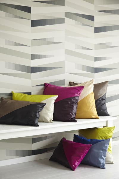 Contemporary grey geometric wallpaper