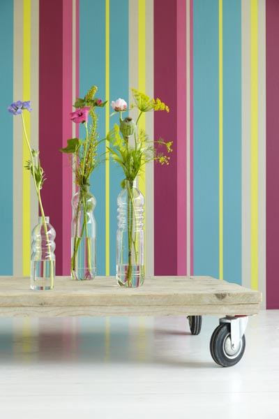 Vivid Color Stripe Wall