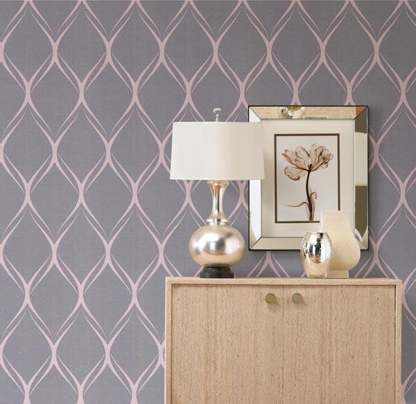 Captivating metallic decor idea silver lamp