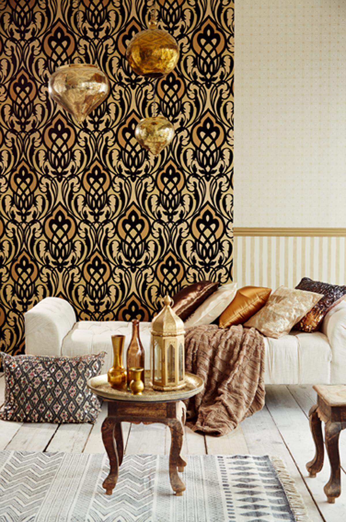 splash of gold metallic in decor