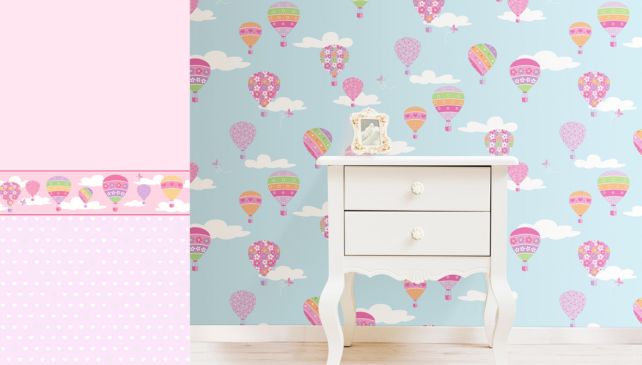 little girl's hot air balloon wallpaper