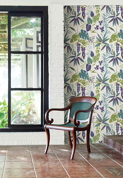 Botanical leaf wallpaper with hints of Ultra Violet