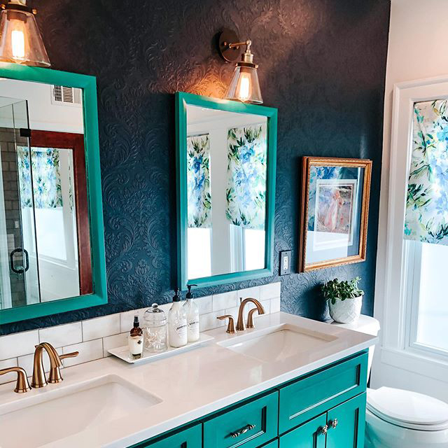 Blue bathroom with textured, paintable wallpaper