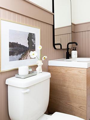Grace's Final Bathroom Styling