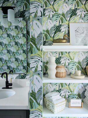 Grace's Bold Bathroom Styling